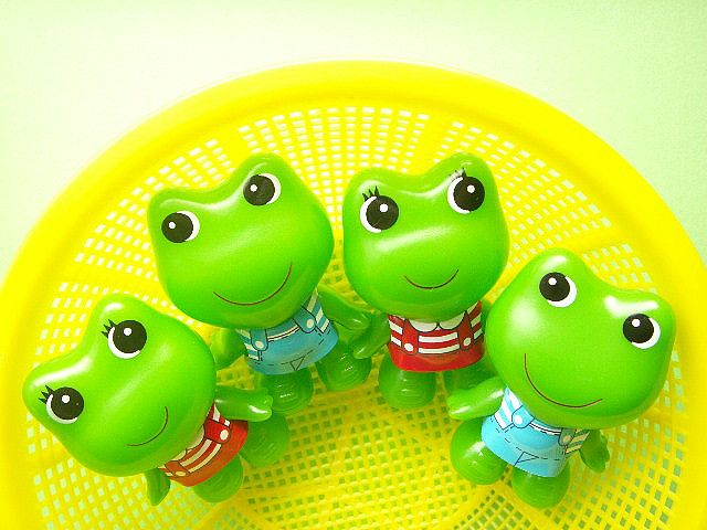 Mini Rubber Frogs